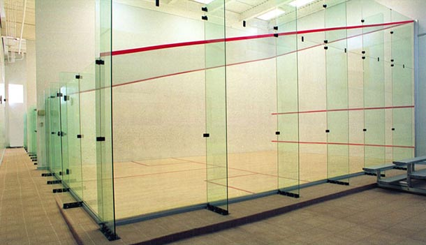 squash court back glass wall